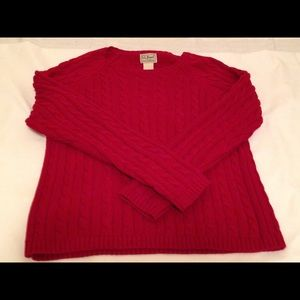 L.L. Bean sweater red people need size small